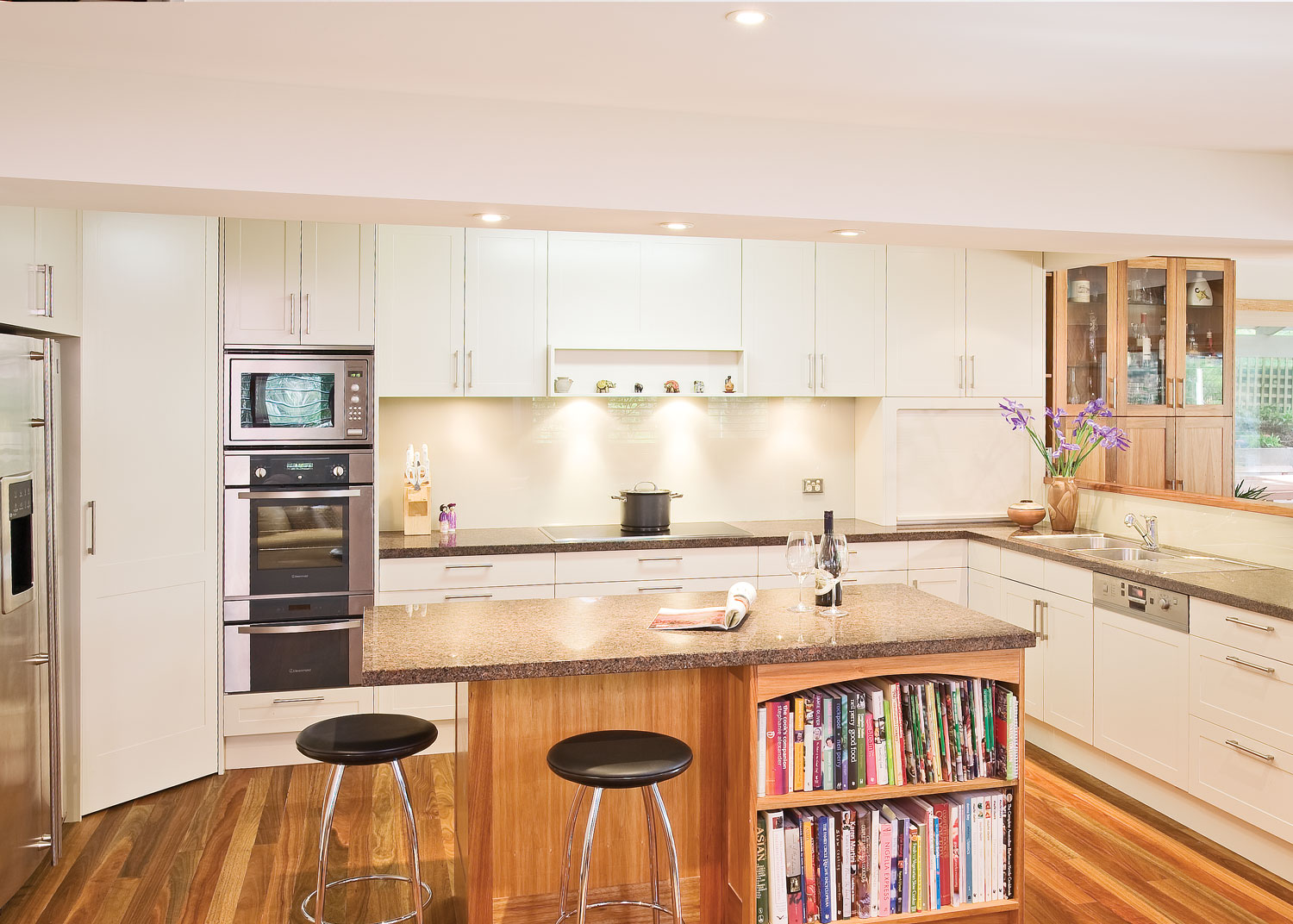 Kitchen Cupboards Classic Warrandyte