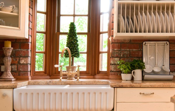 Kitchen Sink French Provincial Glenburnie